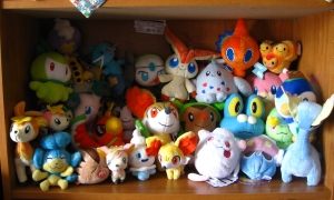 PkmnPlushies-shelf2